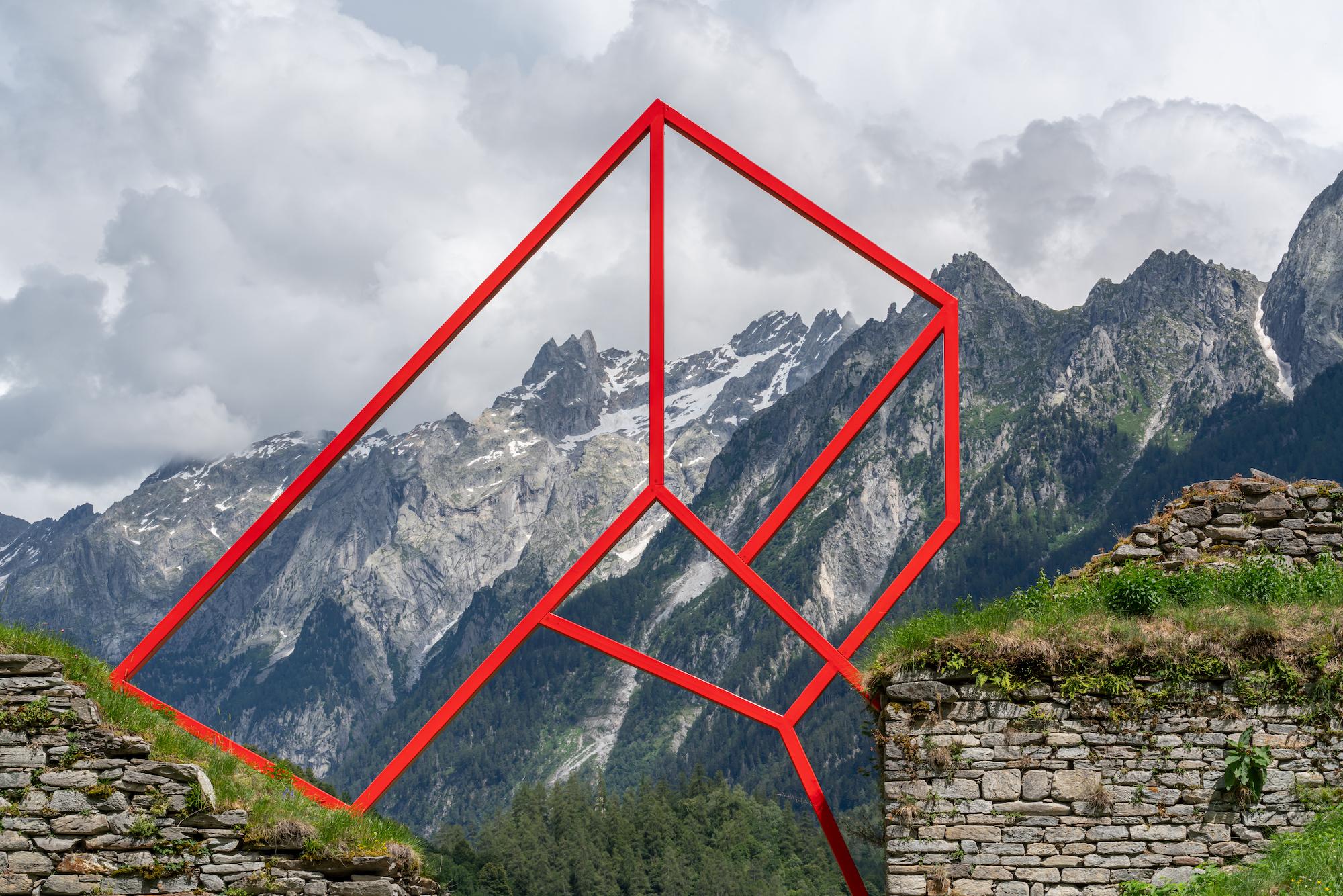 Biennale Bregaglia 2020 – Alex Dorici, Arco geometrico, 2020; Bild © Yanik Bürkli, CLUS AG
